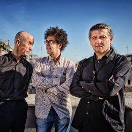 Parientes - Trío Servillo/Girotto/Mangalavite